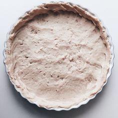 Paj med botten på bönor Recept #diet #myrecipe | Pajbotten: 350g vita bönor  1/2ägg 2 msk maizena 2 krm salt • Äggstanning/fyllning:  3 ägg 3 dl mjölk  Salt peppar  - valfri fyllning, jag körde tacos-färs och toppade med ost.