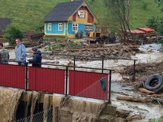 Бесконтрольная вырубка леса в Карпатах привела к страшному селевому потоку в #Закарпатье #ФОТО, #ВИДЕО Огромные потоки воды и грязи затопили села Луг и Богдан