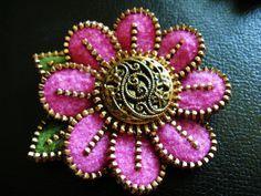 *FELT ART ~ A lovely filigree button. by woolly fabulous, via Flickr