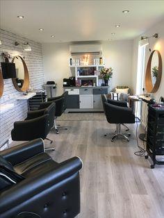 Home hair salon. Hair cabin, HiltonHair.com. home salon