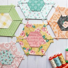 Ive got a few small blocks prepped to be sew together. I had fun picking the fabrics for these blocks from the line by 💕. Foundation Paper Piecing, English Paper Piecing, Hexagons, Mug Rugs, Diy Tutorial, Quilting, Fabrics, Sewing, Pattern