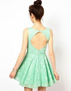 Короткое кружевное приталенное платье Oh My Love для подружки невесты. ASOS