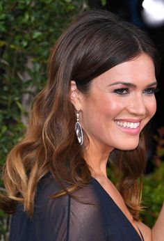 Ive never talked about this mandy moore gets real about diet golden globes 2017 hair makeup see the best beauty looks on the red carpet urmus Choice Image