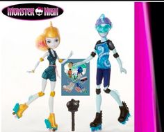 Monster High Lagoona Blue and Gil `Gilington' Webber Skate Date