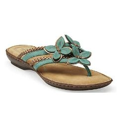 Turquoise leather sandal with flower details. Hot or Not?