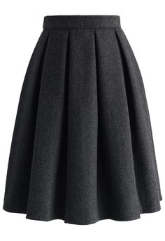 - Crafted from solid wool-blend fabric - Pleated silhouette - Lined - Side zip closure with hook - Lined - 35% Wool, 65% Viscose - Machine wash gently Size(cm) Length Waist XS 60 66 S 60 70 M 60 74 L 60 78 Size(inch) Length Waist XS 23.5 26 S 23.5 27.5 M 23.5 29 L 23.5 30.5 * XS fits for US 0/2, UK 6, EU34 * S ...