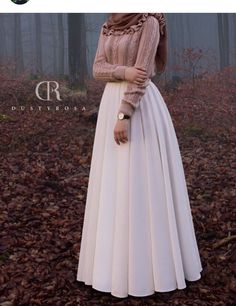 Oh this skirt! The pleats!