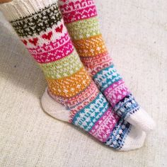 Fair Isle Knitting, Knitting Socks, Mittens, Colours, Sewing, Crochet, Pattern, Crafts, Slippers