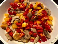Naleśniki zapiekane z kurczakiem i pieczarkami - Blog z apetytem Ratatouille, Fruit Salad, Ethnic Recipes, Blog, Fruit Salads, Blogging