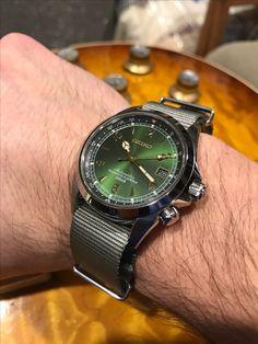Seiko Alpinist grey NATO Seiko Sarb, Seiko Mod, Seiko Watches, Bulova, Seiko Alpinist, Skeleton Watches, Automatic Watch, Vintage Watches, Luxury Watches