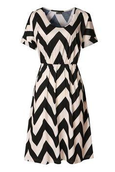 e4c6c3a2486 Zattcas Womens Summer Short Sleeve Elastic Waist Chevron Striped Mini Dress  at Amazon Women s Clothing store
