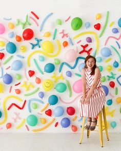 Balloon Wall Photo Booth—Oh Happy Day! Balloon Backdrop, Diy Backdrop, Balloon Decorations, Birthday Decorations, Happy Birthday Decor, Birthday Party Decorations Diy, Balloon Columns, Party Kulissen, Baby Party
