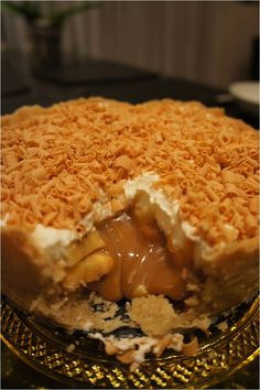 torta de doce de leite e banana - Food And Drink For You Banoffee Pie, Sweets Recipes, Cooking Recipes, Sweet Pie, I Love Food, No Bake Cake, Cupcake Cakes, Sweet Treats, Yummy Food