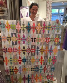 Image may contain: 1 person Quilting Tips, Quilting Designs, Modern Quilting, Star Quilts, Scrappy Quilts, 9 Patch Quilt, Quilt Blocks, Cute Quilts, Foundation Piecing