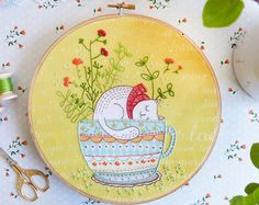 Hand embroidery kit, DIY gift, Embroidery Kit - Sweet Dreams - Christmas gift idea, Modern hand embroidery, Craft kit, Embroidery hoop art