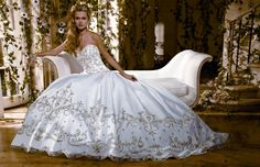 Eve of Milady Designer Bridal Gowns E19