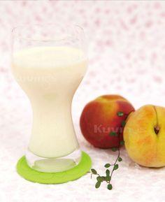 Peach Natural Juice Fresh Juice Recipes, Natural Juice, Juices, Peach, Healthy, Book, Tableware, Nature, Dinnerware