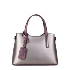 Vonkajšie rozmery: dĺžka u spodu kabelky: 31 cm, dĺžka na vrchu kabelky: 26 cm, výška kabelky v strede: 21 cm, výška kabelky na boku: 22 cm,  výška s rúčkou: 36 cm, hrúbka: 12 cm,