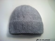 Gorro recién nacido. Más Knit Or Crochet, Crochet Baby, Tricot Baby, Baby Bonnets, Hobbies And Crafts, Antique Dolls, Baby Hats, Knitting Projects, Baby Knitting