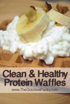 Clean Eating Recipes For Everyday Living. Clean eating recipes, clean eating meal plans, and clean eating information. Clean Eating Breakfast, Clean Eating Meal Plan, Breakfast Ideas, Morning Breakfast, Free Breakfast, Protein Waffles, Good Food, Yummy Food, Waffle Recipes