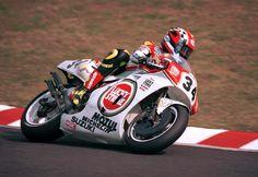 http://roadster-hiro.pro.tok2.com/images/race/wgp/1993/500/34/05-21.jpgからの画像