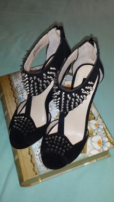 Day 17: spiked wedges from Shoemint!