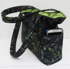 Green Black Leaf Bag, Medium Shoulder Bag, Tote Purse, Quilted Handbag, Fall Purse, Baby Bag, Travel Handbag, Diaper Bag, Washable Bag by JustBeautiful161 on Etsy