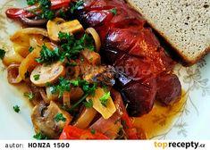Buřty na pivu speciál recept - TopRecepty.cz Chili, Beef, Food, Meat, Chile, Essen, Meals, Chilis, Yemek