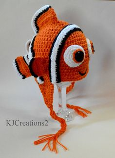 Hey, I found this really awesome Etsy listing at https://www.etsy.com/listing/76888679/crochet-clown-fish-hat