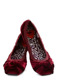 First Act Flat in Mulberry, #ModCloth sz 10