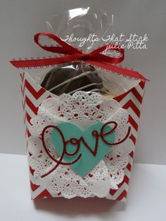 Valentine cookie box complete with chocolate dipped heart shaped cookie www.thoughtsthatstick.blogspot.com