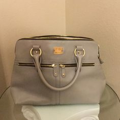 Modalu London purse Modalu London Purse (shark grey) shown worn on celebrity Pippa Middleton. There is shown signs of wear. Some scuff marks, which is why the purse is sold for a low price. Please look at pictures. Bags Totes