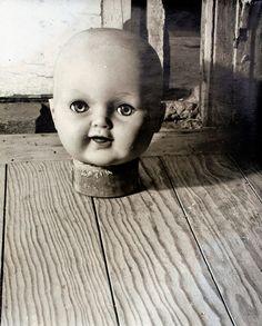 La muñeca (The Doll) Kati Horna 1949 Gelatin silver print 6 x 7 in. Photo courtesy of Kati Horna Estate, Mexico, by Francisco Kochen Creepy Toys, Buddha, Haunted Dolls, Dark Images, Photographs Of People, Man Ray, Doll Parts, Alter, Wonderland