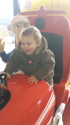 5.4.15 Skegness, Izzie's birthday trip. Taylor rides with Postman Pat