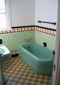 I would pretend that my bathtub was made by FireKing or Pyrex!