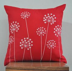 3 Attractive Cool Tricks: Decorative Pillows Grey Etsy decorative pillows ideas how to make.Neutral Decorative Pillows Black And White decorative pillows blue spaces.Decorative Pillows On Bed String Lights. White Decorative Pillows, Decorative Pillow Covers, Throw Pillow Covers, Duvet Covers, Cushion Embroidery, Embroidery Patterns, Hand Embroidery, Sewing Pillows, Diy Pillows