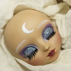 Galaxy girl, next Pullip faceup. The moon is silver but I don't think you could see that in the picture. What do you think?  #Carmazin #dolls #ooak #ooakdoll #customdoll #repaint #repainteddoll #faceupartist #faceup #galaxy #customs #ooak_process #pullipmiokit #pullipmocha #pullipfaceup #galaxy #moon #glitter #wip #polishpullip