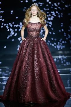 Zuhair Murad Couture Herbst / Winter 2015 - Gowns frocks and dresses. Beautiful Gowns, Beautiful Outfits, Elegant Dresses, Pretty Dresses, Couture Fashion, Runway Fashion, Couture Dresses, Fashion Dresses, Couture Tops