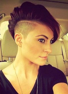 short+women's+haircut+with+undershave