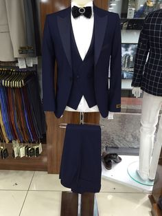 See 87 photos and 8 tips from 29 visitors to bernardo m. Ali, Blazer, Store, Casual, Jackets, Fashion, Down Jackets, Moda, Tent