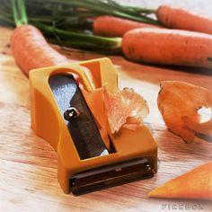 Cool! Inevitable tenerlo en la cocina: The Karoto Peeler