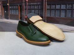 "Trickers 8 1/2 Green Scotch Grain ""Robert"" Plain Derby Shoe on a Leather Sole"