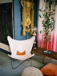 butterfly chair and dip-dyed curtain
