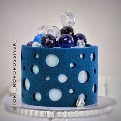Birthday Cake Decorating, Cake Decorating Tools, Polka Dot Cakes, Russian Cakes, Mini Tortillas, Modern Cakes, Classic Cake, Baking Cupcakes, Buttercream Cake