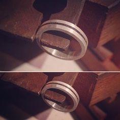 Cafézin na madrugada? ☕️💜 #anel #ring #jewellery #joalheria #artesanato #artesanal #handmade #joia #joias #jewelry #handmadejewelry #handcraft #prata #silver #moda #instafashion #fashion #joalheriaartesanal #instajewelry #instajewelrygroup #design #café #coffee #designer #linaprades #linapradesjoias