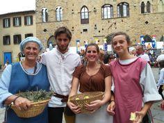 Festa medievale #AD1398 anche noi partecipiamo in costume a #Volterra la terza domenica di agosto