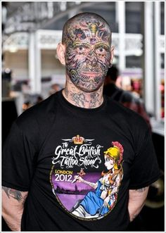 Tattoo On Face For Men, girl with tattoo on face, face tattoo girl Face Tattoos For Men, Cat Face Tattoos, Small Face Tattoos, Facial Tattoos, Hot Tattoos, Tattoos For Guys, Have Faith Tattoo, Wolf Face Tattoo, Black Light Tattoo