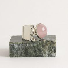 Silver and rose quartz ring from Valo Koru   Nordlings Antik
