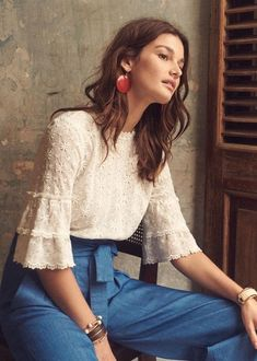 Sézane - Ethel Bluse - You are in the right place about blouse for women shirt Mode Outfits, Fashion Outfits, Womens Fashion, Fashion Tips, 40s Fashion, Petite Fashion, Fashion Brands, High Fashion, Looks Style