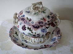 Antique-English-Spode-tureen